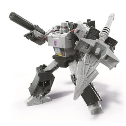Transformers War for Cybertron Earthrise Voyager Megatron